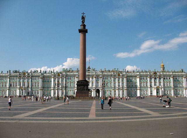 Saint_Petersburg_Palace_Square_Alexander_Column_IMG_6534_1280